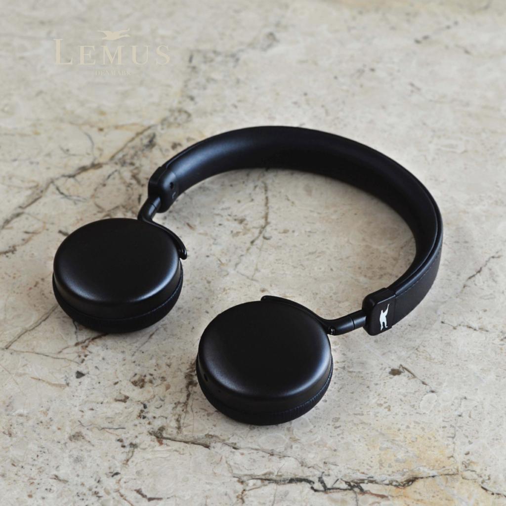 Lemus Earbud black